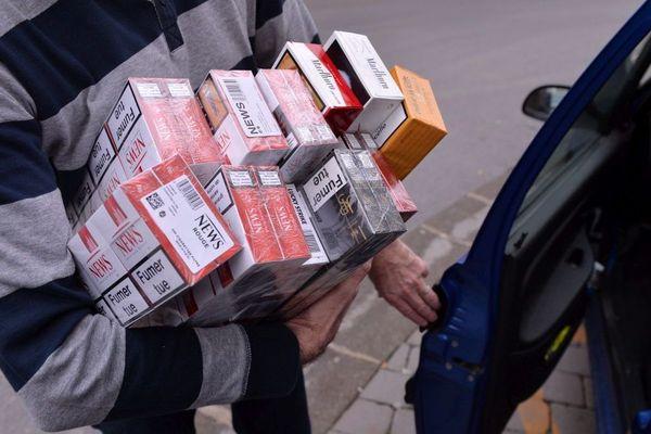 Illustration cartouches de tabac de contrebande