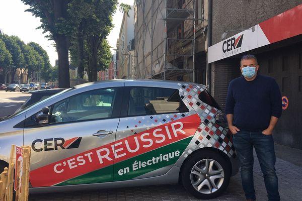 Karl Raoult a lancé une pétition pour réclamer plus de places d'examens pour les candidats au permis de conduire.
