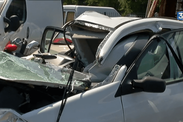 Au volant de cette voiture, un jeune conducteur mortellement blessé sur les routes de Loire-Atlantique au début de cet été.