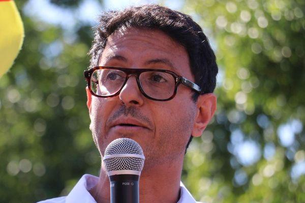Le candidat Karim Amroui, qui affrontera Guillaume Delbar au second tour des élections à Roubaix.