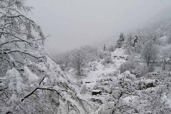 Au Mas, près du pic de Fourneuby, tout est blanc !