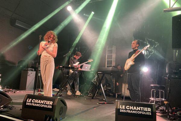 Le groupe Brö a été retenu pour le Chantier des Francos de La Rochelle. Il est actuellement en session d'accompagnement à La Rochelle.