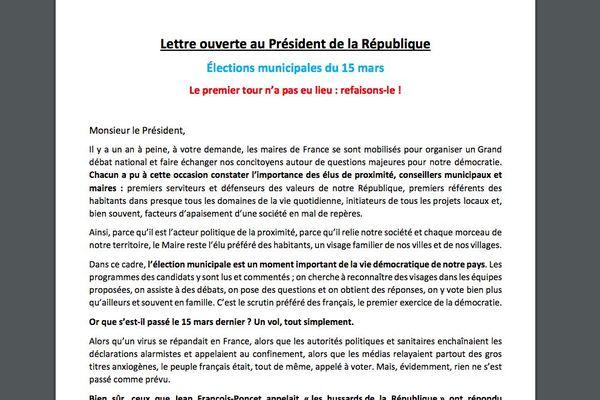 Une lettre ouverte co-signée par près de 50 élus et candidats demande l'annulation et le report des élections municipales.