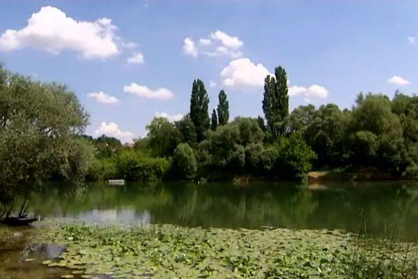 Le Doubs recouvre une épave entièrement conservée d'un moulin flottant du XVIème siècle