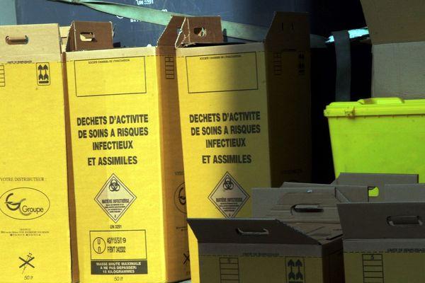Photo d'archives. Transport de déchets d'activité de soins à risques infectieux