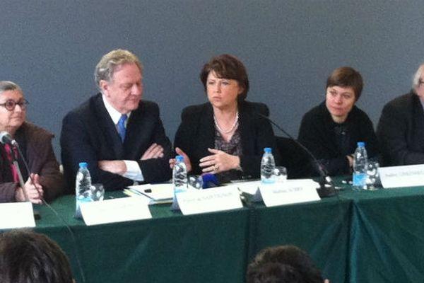 La maire de Lille, Martine Aubry, lors de l'annonce du report de la réforme à 2014.