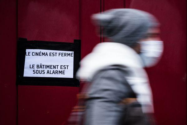 Illustration. Les cinémas, fermés depuis le 30 octobre dernier, pourront rouvrir sous certaines conditions le 19 mai prochain.
