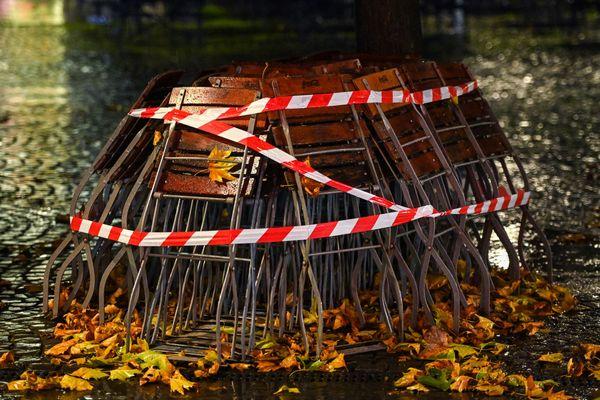 Terrasse fermée sous l'effet du deuxième confinement