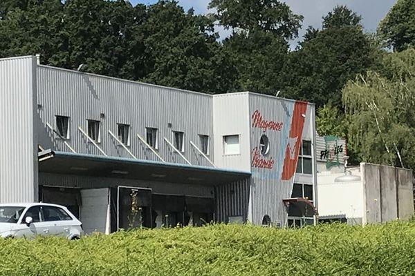 L'abattoir Holvia Porc à Laval fait partie des trois abattoirs de la région sous surveillance pour cas de COVID 19 chez ses employés