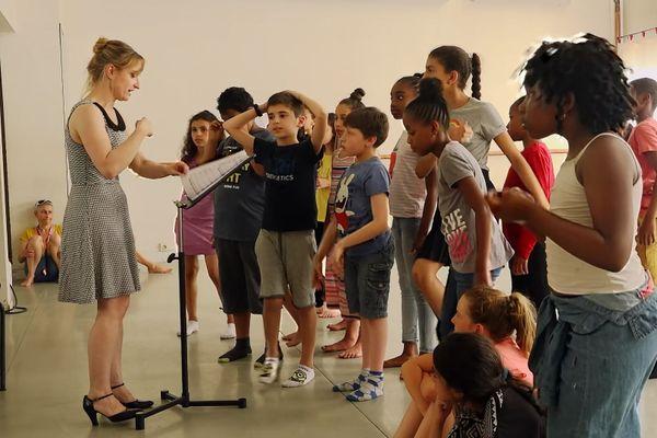 Séance de travail : Eve Christophe, responsable artistique et pédagogique du projet Opérakids et les enfants