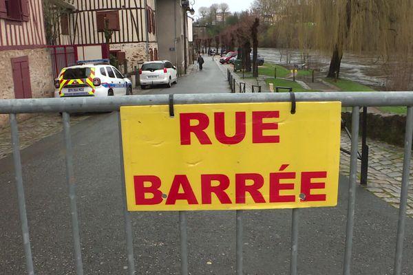 Si la situation s'améliore de jour en jour, le niveau de l'eau est encore surveillé de près en Limousin.
