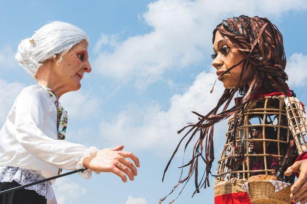 La marionnette Amal à Bari (Italie)