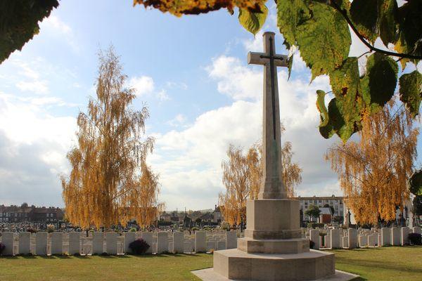 Cimetière militaire d'Albert, dans la Somme