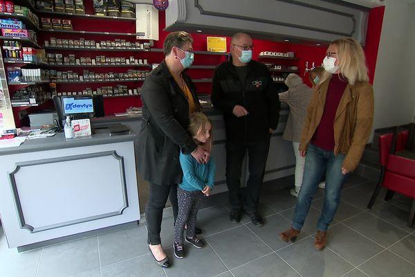 L'épicerie bar tabac de Manneville-sur-Risle se veut un lieu de sociabilité