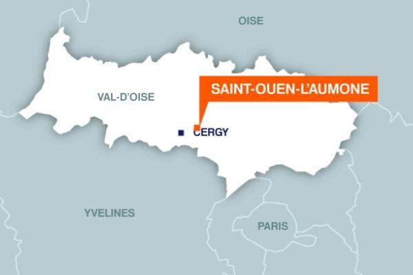 Les malfaiteurs ont été pris en chasse par des policiers sur l'autoroute A115 à hauteur de Saint-Ouen-l'Aumone (Val d'Oise)