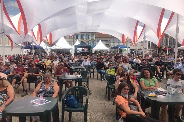Le public du festival bis a apprécié les prestations sur scène mais aussi dans les restaurants.