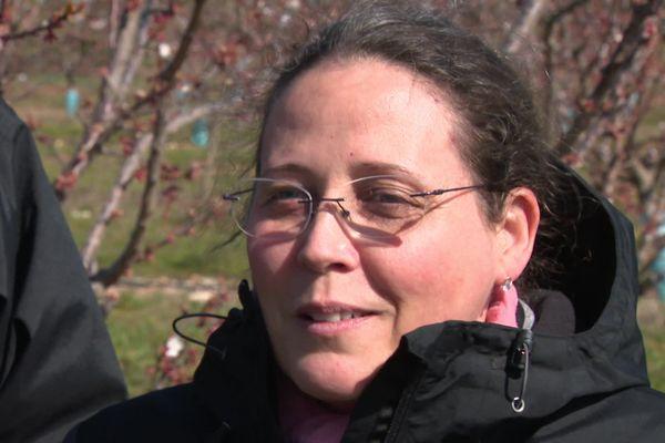 """Elodie Merlin, arboricultrice, à la tête de la Ferme de la Gamelle depuis 2006 : """"Les gens qui m'ont envoyé plein de mots... ça réchauffe, ça fait du bien""""."""