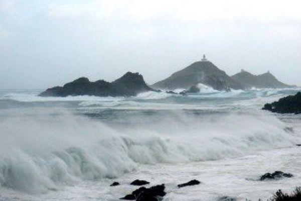 ILLUSTRATION - Les iles Sanguinaires (Corse-du-Sud) dans la tempête