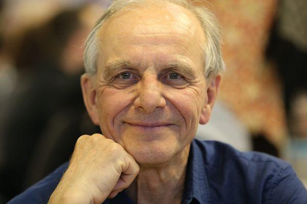Le président de la Ligue contre le cancer est mort mardi 6 juillet à l'âge de 76 ans des suites d'un cancer.