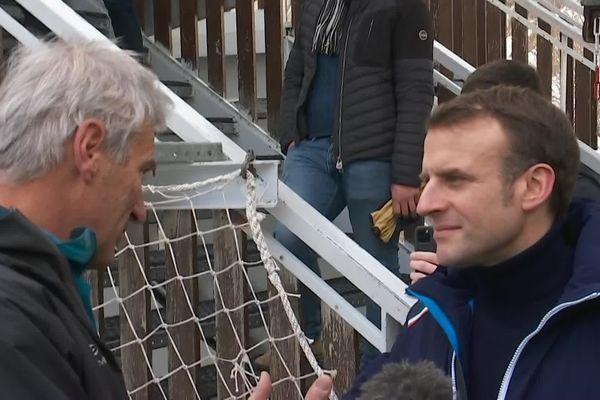 Luc Moreau face à Emmanuel Macron.