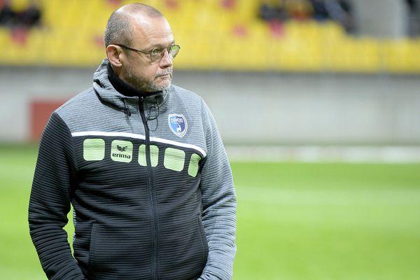 Pascal Plancque limogé de son poste d'entraîneur des Chamois Niortais ce dimanche 5 janvier 2020.