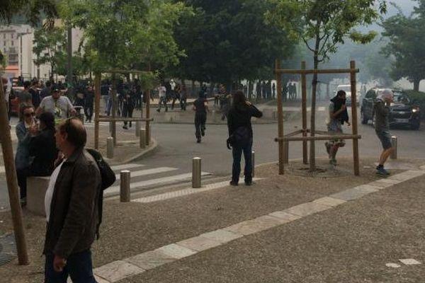 Les affrontements ont eu lieu à partir de 18h30.