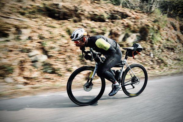 Après sa traversée de l'Atlantique à la rame en 2020, Stéphane Brogniart s'attaque cette année à un Tour de France à vélo.