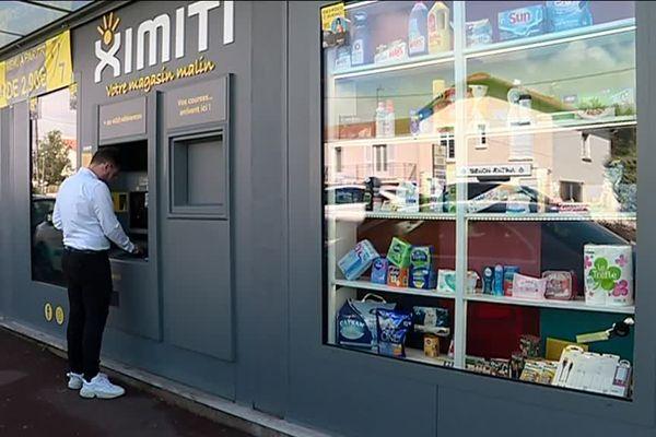 À La Rochelle, une épicerie entièrement automatisée a ouvert en juillet 2019 sur la boulevard André-Sautel.