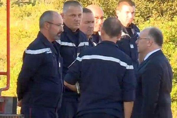 Gabian (Hérault) - Bernard Cazeneuve est venu soutenir les pompiers - 10 août 2016.