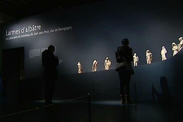 les Pleurants du tombeau de Jean sans Peur, duc de Bourgogne, sont exposés au musée de Cluny, à Paris, du mercredi 27 février au lundi 3 juin 2013.