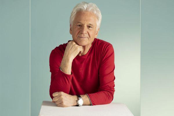 A 76 ans, Gérard Lenorman, qui a passé une partie de son enfance dans le Puy-de-Dôme, sort un nouvel album.