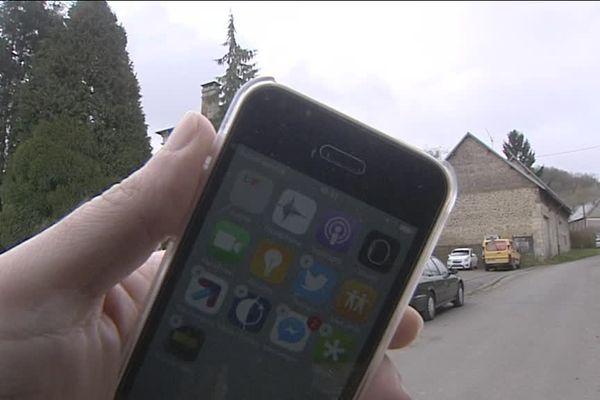Le village de Saint-Nicolas-aux-Bois dans l'Aisne privé de téléphonie, il est situé dans une zone blanche.
