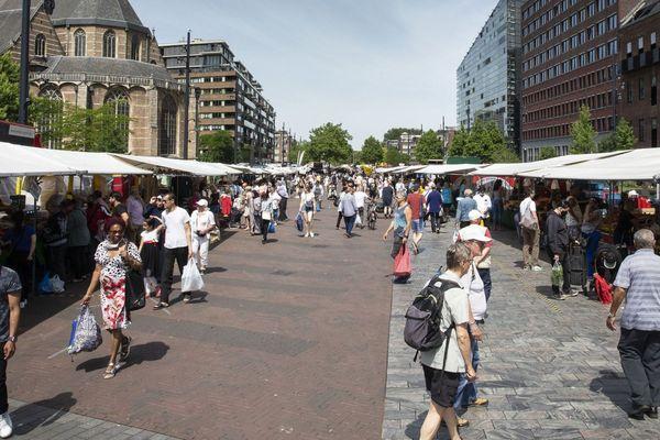 Un marché à Binnenrotte, le 2 juin.