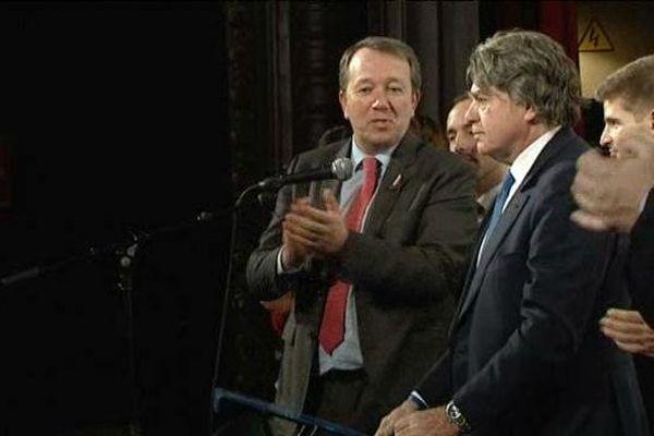 Gilbert Collard et Christophe Boudot lors du meeting politique du 28 janvier .