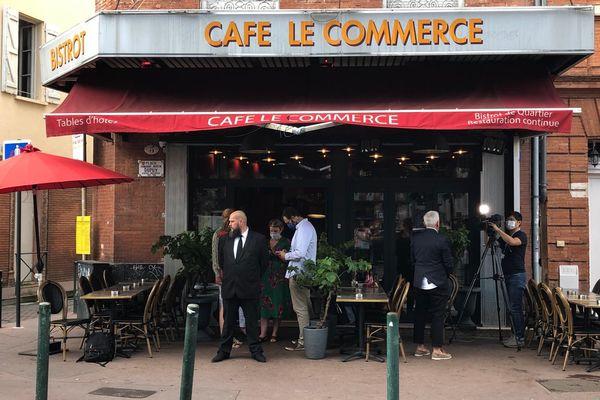 Le café du commerce place Dupuy à Toulouse, QG de Carole Delga au soir du premier tour des élections régionales - 20 juin 2021.