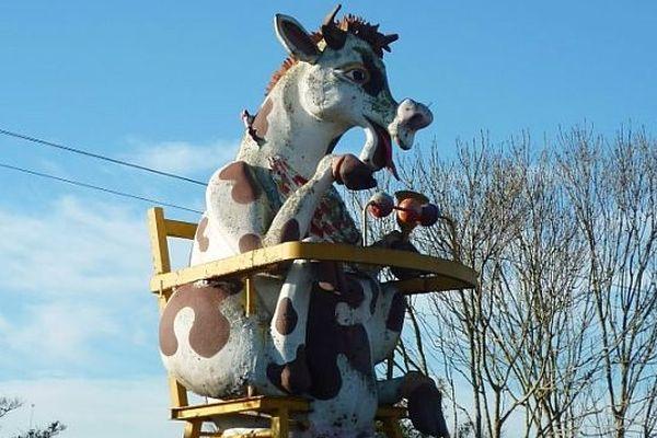 La vache de Festyland, au moment de son départ