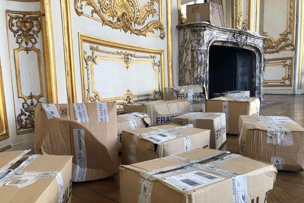 Depuis 2017, Adrianna Wallis a recueilli 20 000 courriers dans son atelier