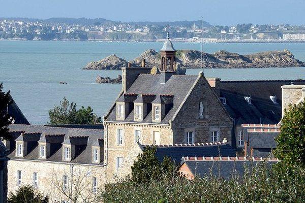L'abbaye de Plaintel dans les Côtes d'Armor