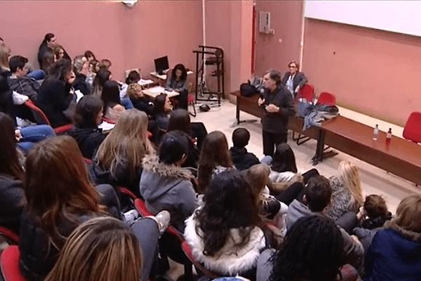 Marcel Rufo,  pédopsychiatre, professeur d'université et écrivain français, était à la cité scolaire de Montesoro vendredi pour sensibiliser les jeunes à l'anorexie