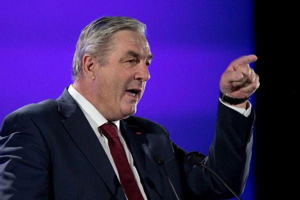 François Sauvadet, président UDI du conseil départemental de Côte-d'Or, lors d'un meeting de François Fillon, candidat Les Républicains à l'élection présidentielle de 2017