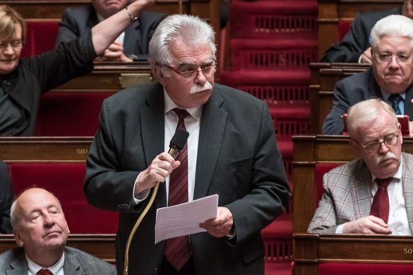 André Chassaigne, lors d'un séance de questions aux gouvernement a l'Assemblée Nationale, le 17 mai 2016.