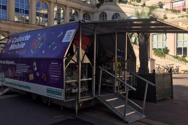 Montpellier lance la collecte mobile des déchets ménagers dans les quartiers - septembre 2019.