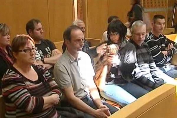 Montpellier - les victimes et leurs familles dans la salle d'audience - 10 avril 2013.