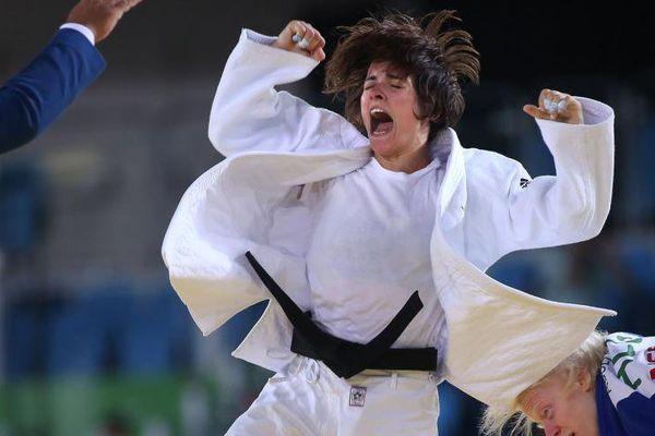 La judokate de l'US Orléans Sandrine Aurières-Martinet s'est imposée face à l'Allemande Ramona Brussig, tenante du titre