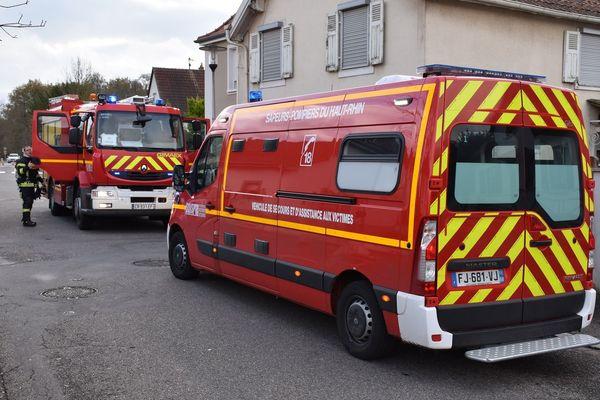 Les pompiers ont été appelés pour une légère fumée et une odeur de suie.