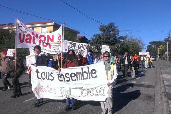 L'une des nombreuses manifestations des opposants à Val Tolosa.