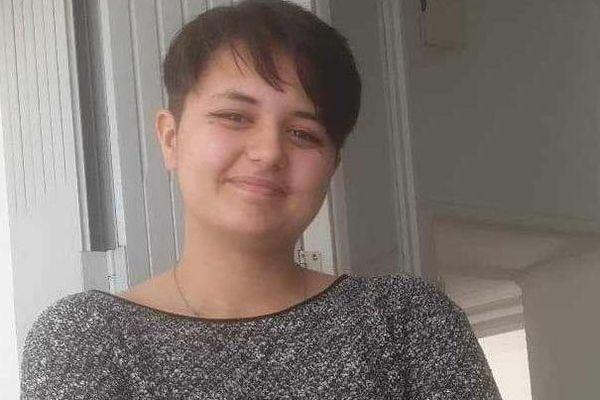 Lisa 15 ans a disparu à vélo depuis le 27 mai du domicile familial de Garons, près de Nîmes dans le Gard.