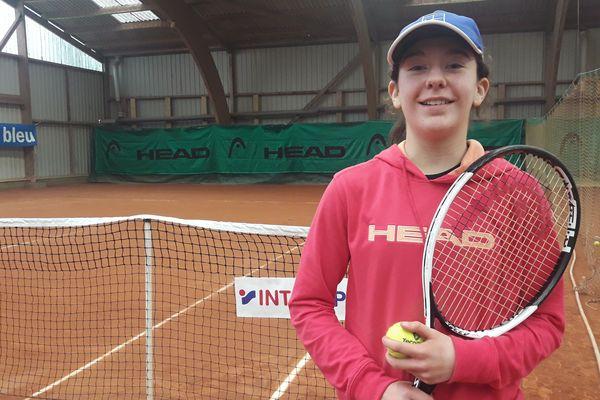 À 12 ans, Jade est l'un des espoirs du tennis féminin français