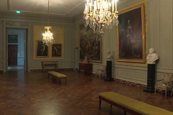 Le salon Condé du musée des Beaux-Arts de Dijon, sans ses visiteurs