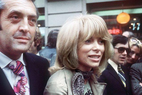 Icône glamour des années 1970, Mireille Darc (ici en 1971) a joué dans treize films de Georges Lautner (à gauche).